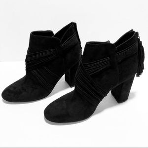 CHELSEA & ZOE Ankle Boots